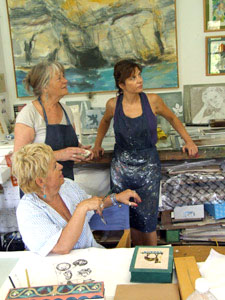 Vesna, Maureen and Carmen take a critical look at a new print